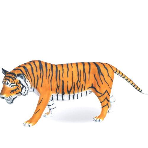 tygrys naturalnej wielkości