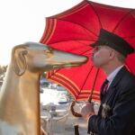 large greyhound statue gold-3DFORMeu